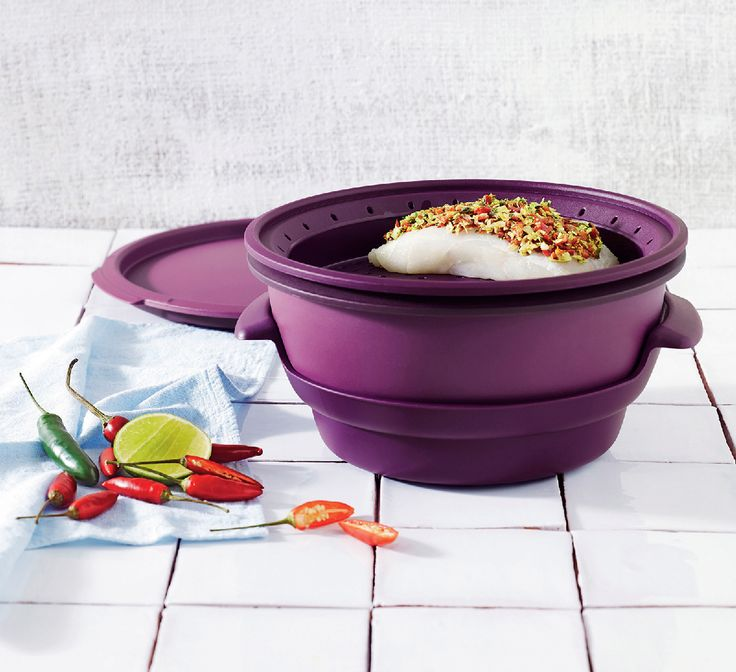 Want to steam your way to healthy meals without sacrificing nutrients or flavor? Our Microwave Steamer does the trick!