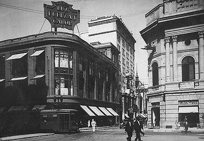 """""""Calle Ahumada con Compañía, vista del cine Real"""" (ca 1920-1930)"""