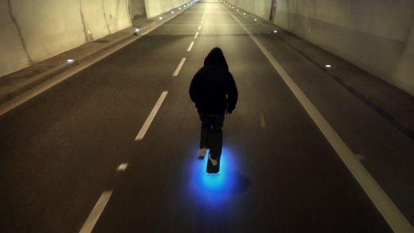 Firefly Skateboard by Lumineaux