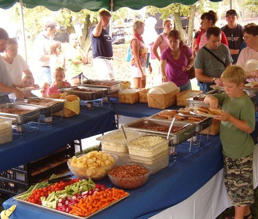picnic buffet   Picnics   Photos :: Goeglein's Catering   Fort Wayne, Indiana