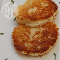 Tortas de papa fáciles @ allrecipes.com.mx One of Jaime's favorites