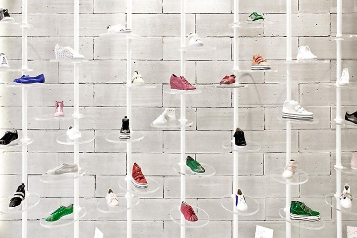 PREVIEW shoe store by in between Design Office Hong Kong