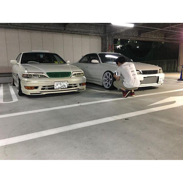 Instagram【riki_1jz50j】さんの写真をピンしています。 《これが車バカの日常です。 だいたい飯食ってやることなければドンキで買い物して駐車場であーでもないこーでもないって言い合いして写真を撮ってますこんな人間いかがですか?笑 #JZX90#JZX100#JZX110#1JZ #TOYOTA#MARKII#MARK2#DRIFT#ドリ車#マークII#トヨタ#JDM#USDM#一眼#一眼レフ#夜景#CAMBER#CRESTA#CHASER#大黒PA常連組#キャンバー#ドンキーホーテ狩場店#車バカの日常》