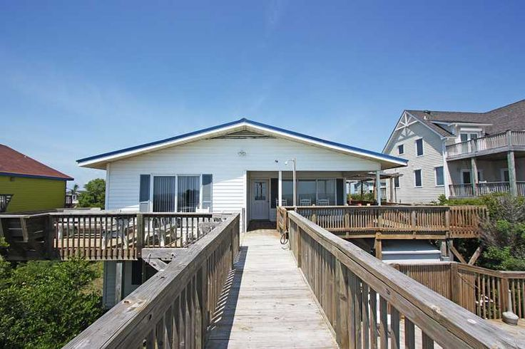 Oak Island Vacation Rentals | Caswell Beach Vacation Rentals | Long Boat |  (5 Bedroom Oceanfront House) Sept 7th- $3455 includes taxes and charges. Putting green, pool, outdated.....
