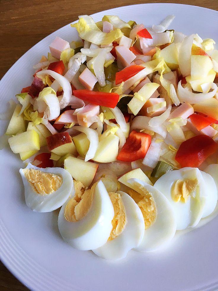 Gezond en gevarieerd eten is belangrijk voor ons lichaam. Deze witlof kip salade is gezond en bevat alleen maar gezonde ingrediënten. Een echt aanrader dus!! Benodigdheden voor 2 personen: – 2 stronken witlof – 1 appel – Gegrilde kipfilet – … Lees verder