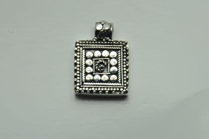 Pendant square silver from Thailand €15