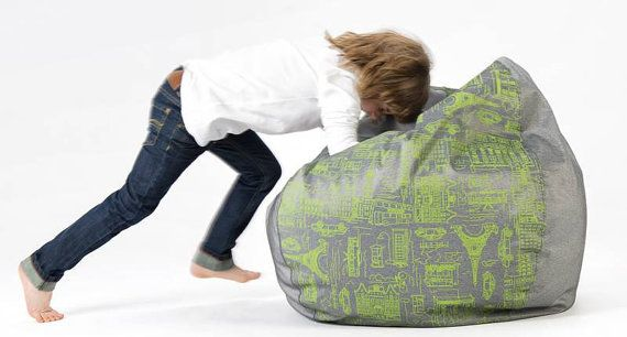 Bean bag pouf with handle for children