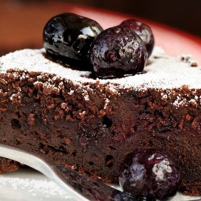 http://grandmotherskitchen.org/recipes/chocolate-blueberry-cake.html