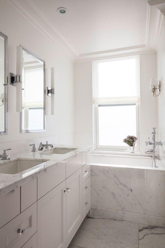 Architect and designer Jennifer Vaughn Miller creates a jewel-box apartment on New York City's Upper East Side.