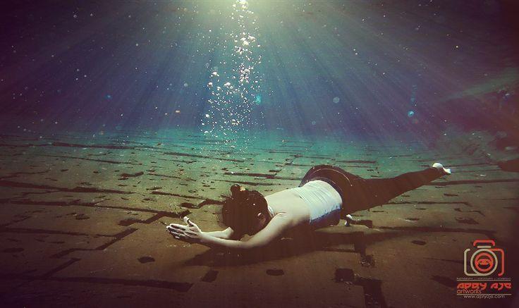 Power Balance yoga underwater