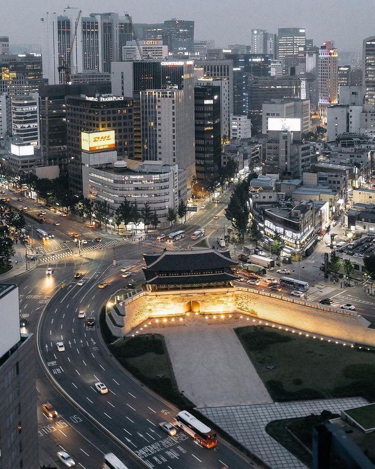 """좋아요 5,233개, 댓글 61개 - Instagram의 대한민국 서울 Seoul Korea (@seoul_korea)님: """"✨ Photo by @jjuese 아름다운 서울의 상징, 대한민국 국보 제1호 Symbol of Seoul, The first National Treasure of South…"""""""