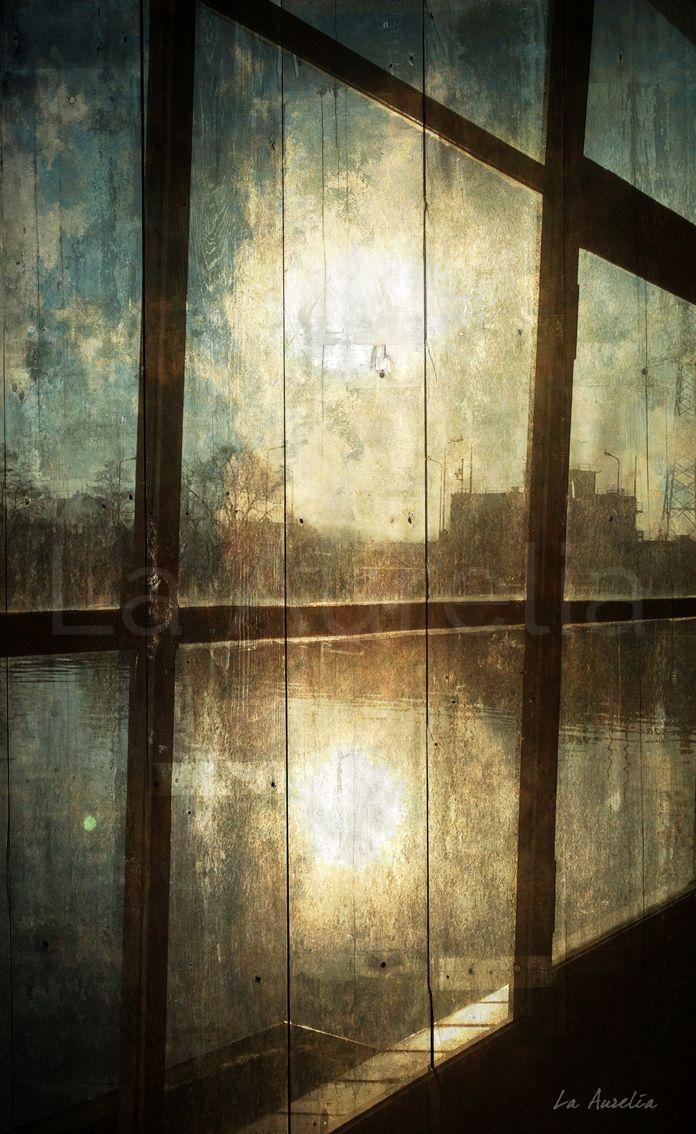 'VENSTER VAN JE ZIEL' PhotoArt kunstpaneel uit de serie 'DUTCH DREAMS' van La Aurelia. – Formaat: 66,5 x 41 cm – Fineart Giclée print geplakt op houten paneel – Voorzien van een UV werend vernis – Gesigneerd #photoart #iphoneography #oldmasters #window #water #reflection #fineart #art #laaurelia