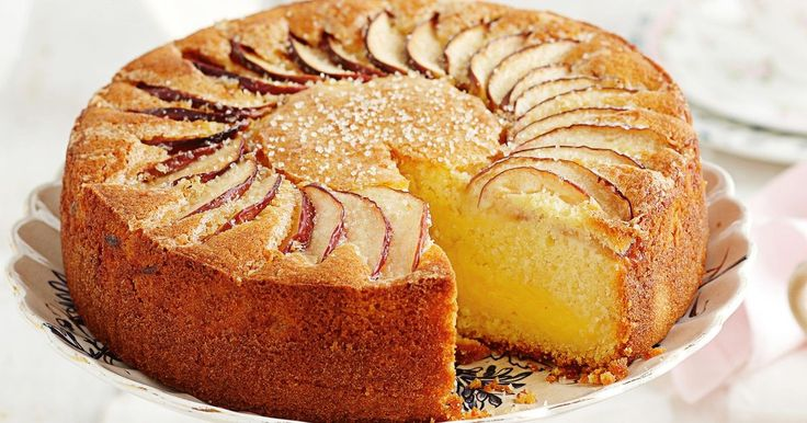 Spread a pretty cloth on the table and enjoy the best of old-style baking with this classic Apple and vanilla custard tea cake.