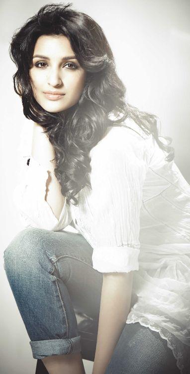 Parineeti Chopra  pictures @taylorcaps_dk  By TaylorCaps Vikkee Dk & Dawood khan DK  ♡