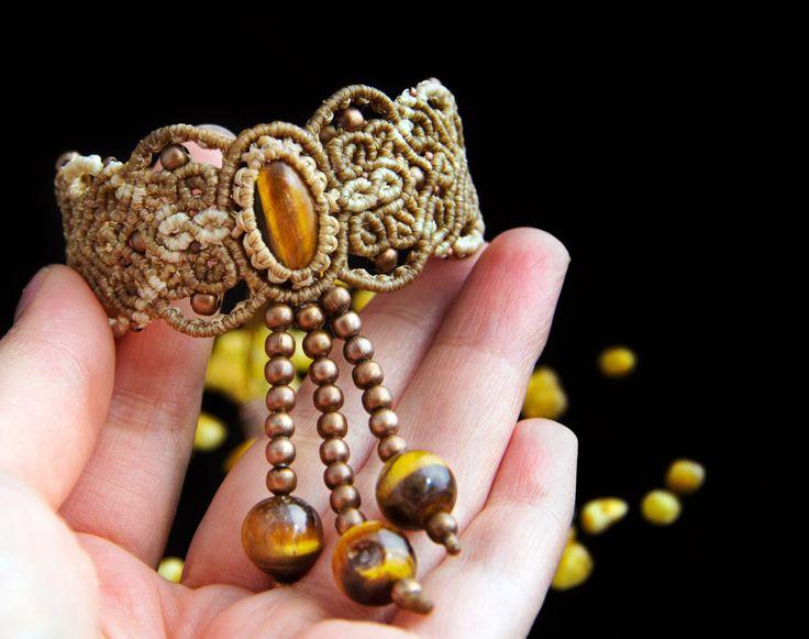 "The bracelet ""Sansa"" with Tiger's eye, macrame bracelet with stone, macrame jewelry, Game of Thrones bracelet by KaramelMacrame on Etsy"