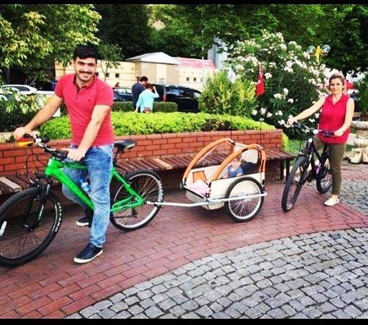 Ailecek bisiklet sevgisi  fotoğraf için teşekkürler @hanzadeervaiscimen #bisikletliyaşam #bisiklet #bubisiklet #mersinbisiklet #bisikletturu #bisikletliulasim #bisikletsevenler #bisikletkeyfi #aile