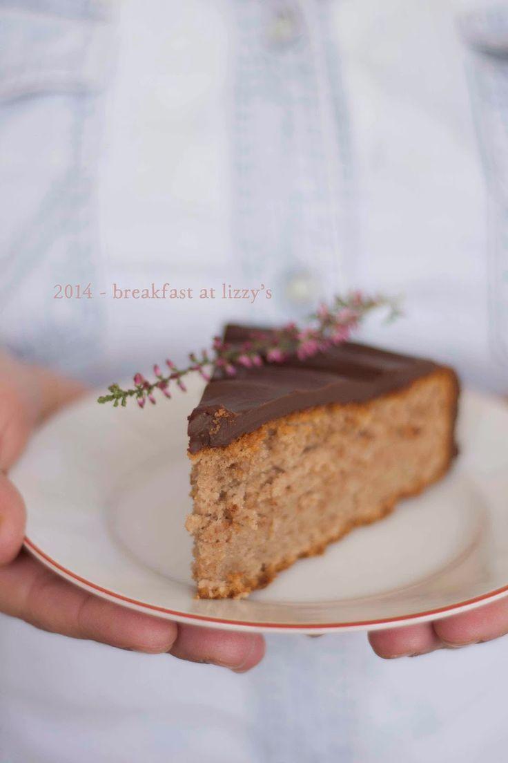 breakfast at lizzy's: Torta al cioccolato con crema di marroni