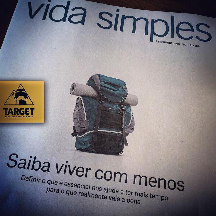 BOM DIAAAA!!! Olha que matéria bacana na revista VIDA SIMPLES destaque de capa inclusive. Falando em capa o novo da revista já é bem sugestivo. Rsrs! Fica a dica de leitura. MENOS é MAIS! #vidasimples #autoconhecimento #paz #tempoparapensar #felicidade #harmonia #natureza #mochilão #viajar #conhecer #explorar #crescer #valor #energia #vibe #life TARGET Aventura http://ift.tt/1LlOnMI Apoio: @curtlo . Aonde você for   @offcinaco Coworking   @vondervolke   @cazacomarq Parceiro Turístico…