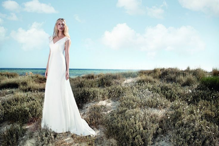 https://flic.kr/p/C3ynU9   Trouwjurken   Trouwjurken vintage, Moderne Trouwjurken, Korte trouwjurken, Avondjurken, Wedding Dress, Wedding Dresses   www.popo-shoes.nl