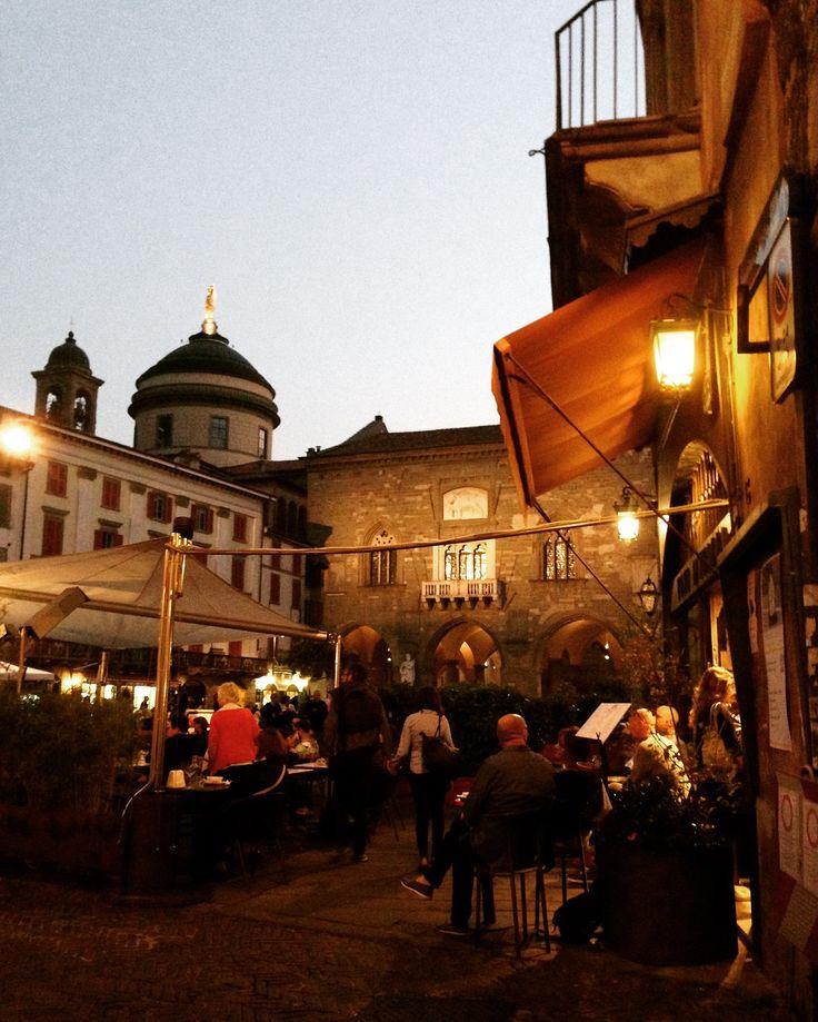 Città Alta, Piazza Vecchia
