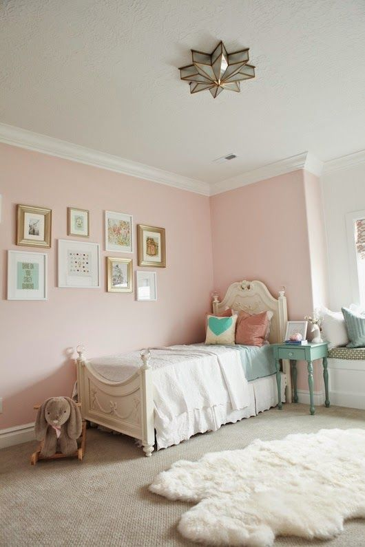 17 best ideas about light pink bedrooms on pinterest light pink rooms pink room and pink - Girl colors for bedrooms ...