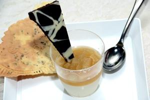 Pannacotta con Salsa di Birra chiara E Pere Angelica - Alogastronomia