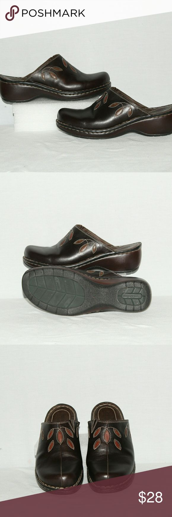 Josef Seibel Leather Clogs Josef Seibel Leather Clogs, nice gently worn clogs, clean upper and lining. No wearing on the soles. .5 inches platform with a 1.75 inch heel. Josef Seibel  Shoes Mules & Clogs
