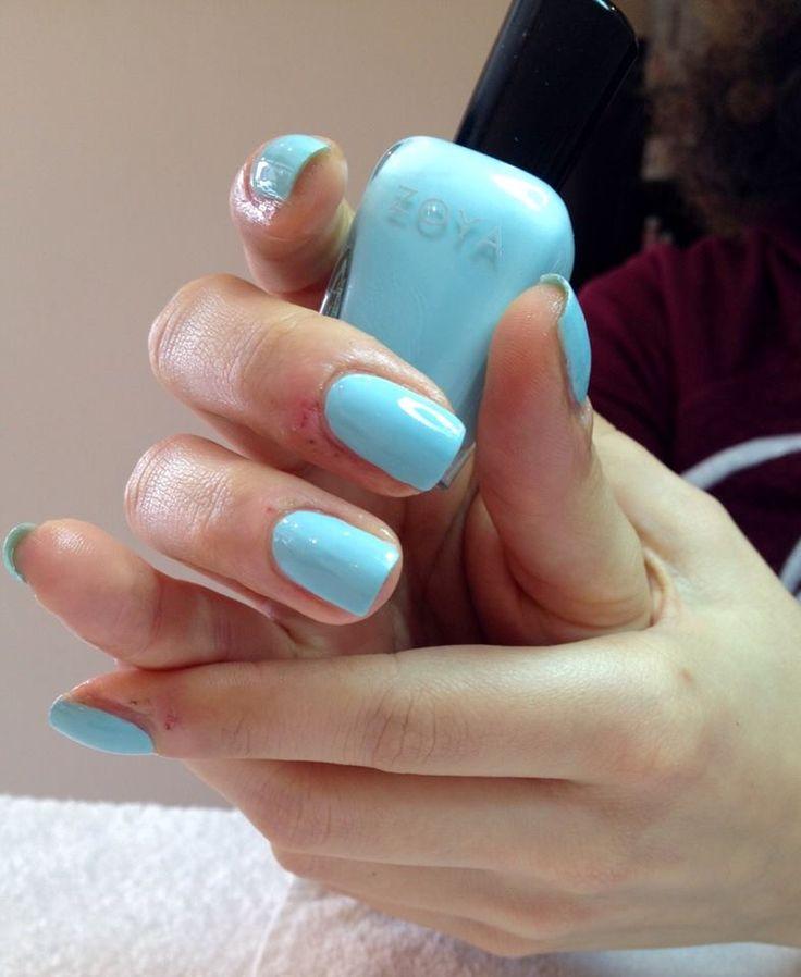 nails zoya
