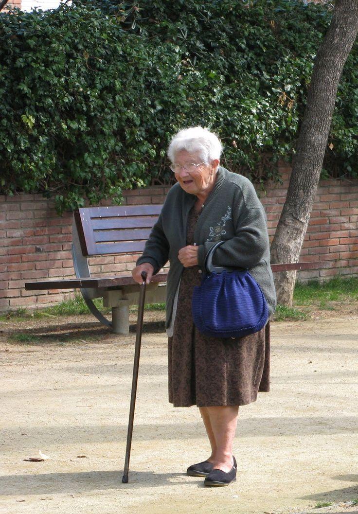 ENFERMAGEM: Políticas de atenção integral à saúde da pessoa idosa no SUS e o monitoramento e prevenção de quedas de pessoas idosas