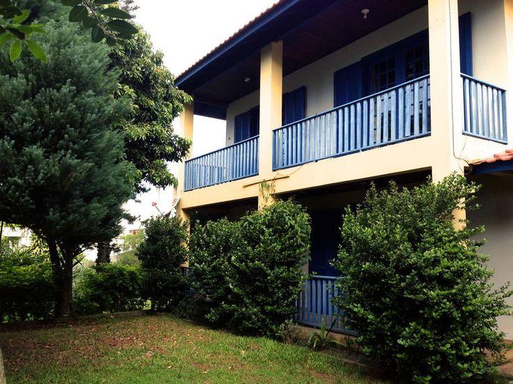 Ganhe uma noite no Quarto em Condomínio  Frente  Praia - Casas para Alugar em Florianópolis no Airbnb!