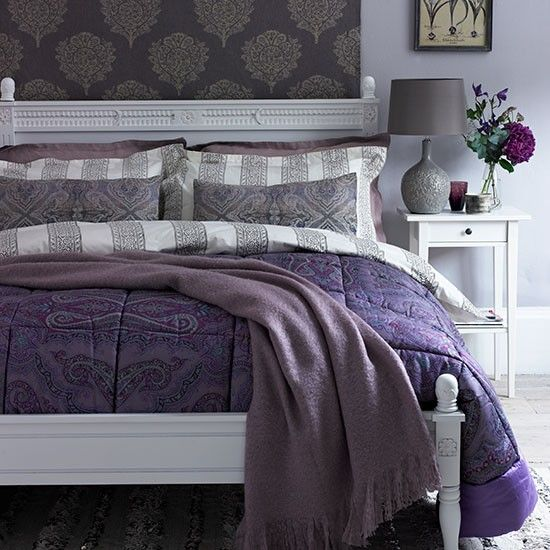 Deep heather paisley bedroom | Bedroom decorating | Country Homes and Interiors | Housetohome.co.uk