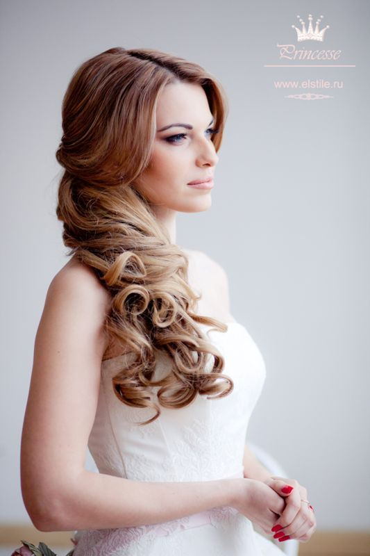 Wedding hairstyles with straight long hair parted in the center & pulled to one side