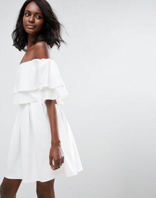 Платье мини с открытыми плечами и оборками ASOS