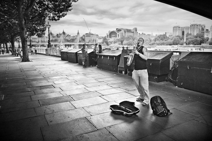 Busker at the Southbank, London.