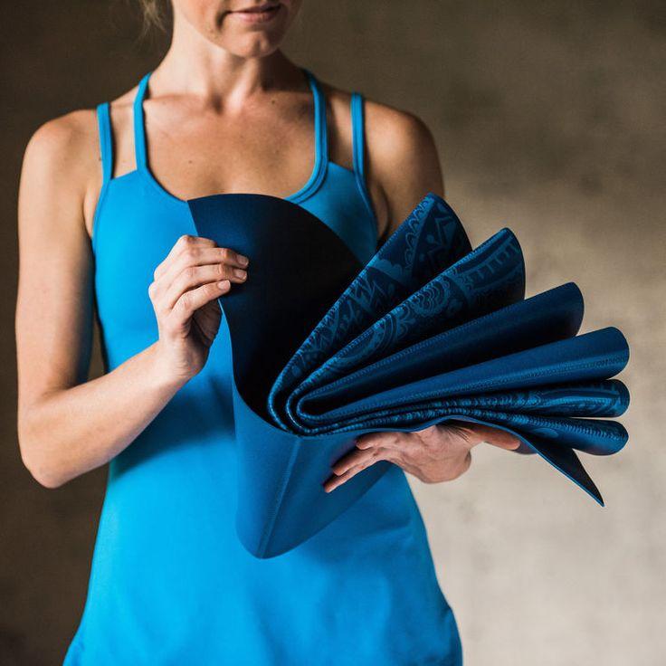 Gaiam Blue Sundial Foldable Yoga Mat (2mm)Gaiam Blue Sundial Foldable Yoga Mat (2mm) blue sundial