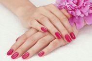Des ongles glamour : pose de gel - Des ongles glamour avec 1 ou 3 poses capsules en gel, dès 15 € au lieu de 34 chez Irissia