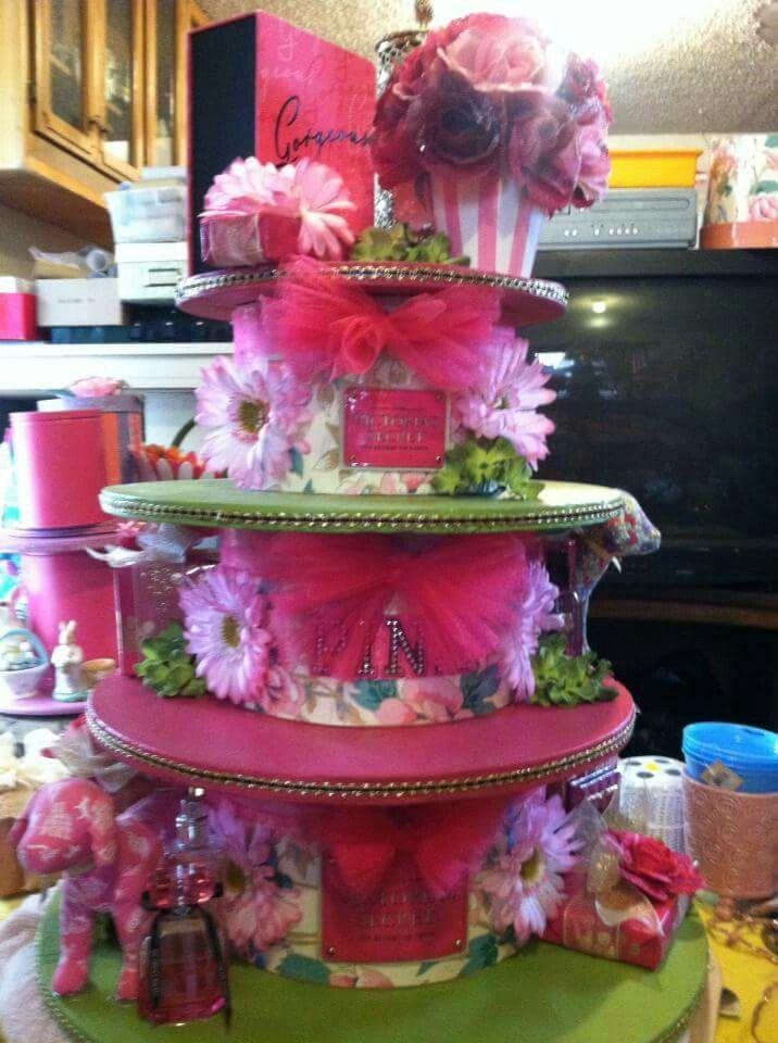 DIY  Cupcake Stand Juice Couture