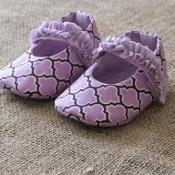 MaryJane Baby Shoes Pattern - via @Craftsy