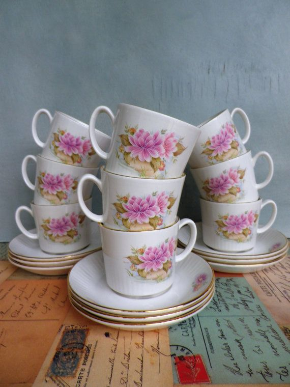 Figgjo Norway Coffee Cups and Saucers by KittysVintageVault