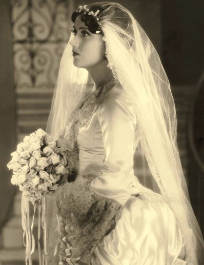 1920s Bride... and we call her era's modern gowns the 'vintage style'!