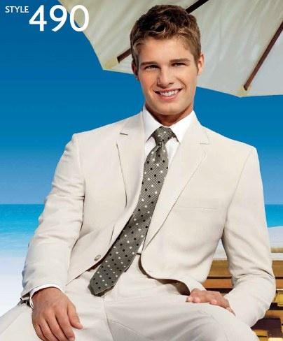 25 best tuxedo/groomsmen suits images on Pinterest | Wedding ideas ...