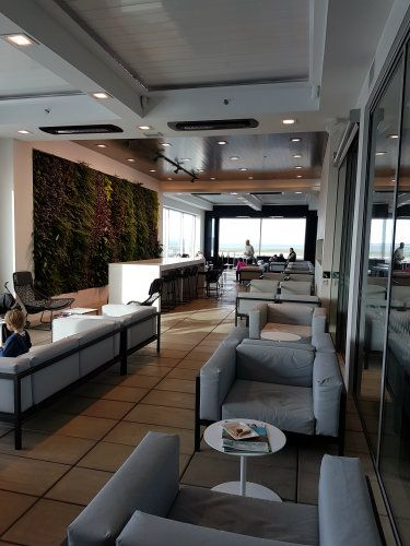 Air New Zealand Auckland Lounge Terrace