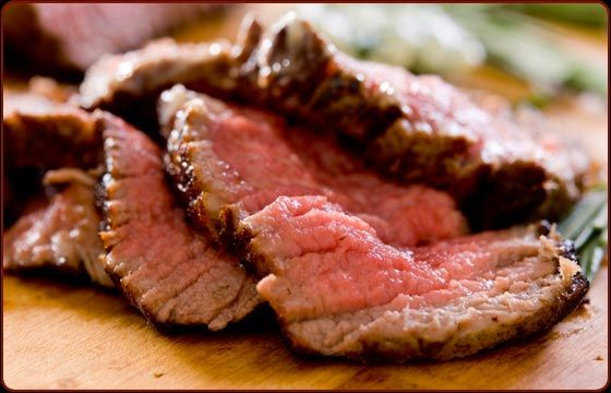 SMOKED BEEF TENDERLOIN STEAKS WITH BLUE CHEESE AND PEPPERCORN BUTTER - Traeger Grill Recipes