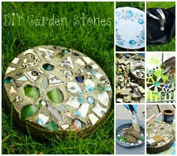 pedra cimento jardim : pedra cimento jardim:Pedras de jardim feitas com cacos de vidro, louça e cimento