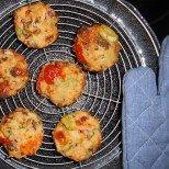 Pizzamuffins: Idealer Snack für daheim und unterwegs