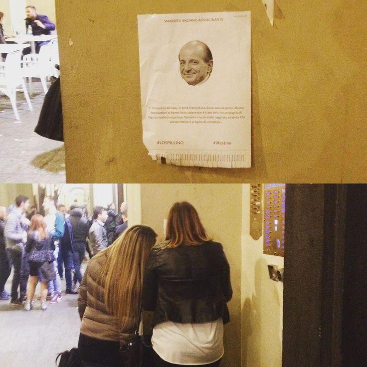 """Ecco due ragazze che osservano il cartello del #Magalli smarrito  adoro guardare la loro curiosità  leggere nella loro mente la domanda """"Perché ?""""  e la risposta è propio questa voglio che vi facciate la domanda.  #streetart #chilhavisto #lospillino #ilfestino #Torino #lab #GigideMartino #trash #pins #pinsmakers #picsoftheday by gigi_de_martino"""
