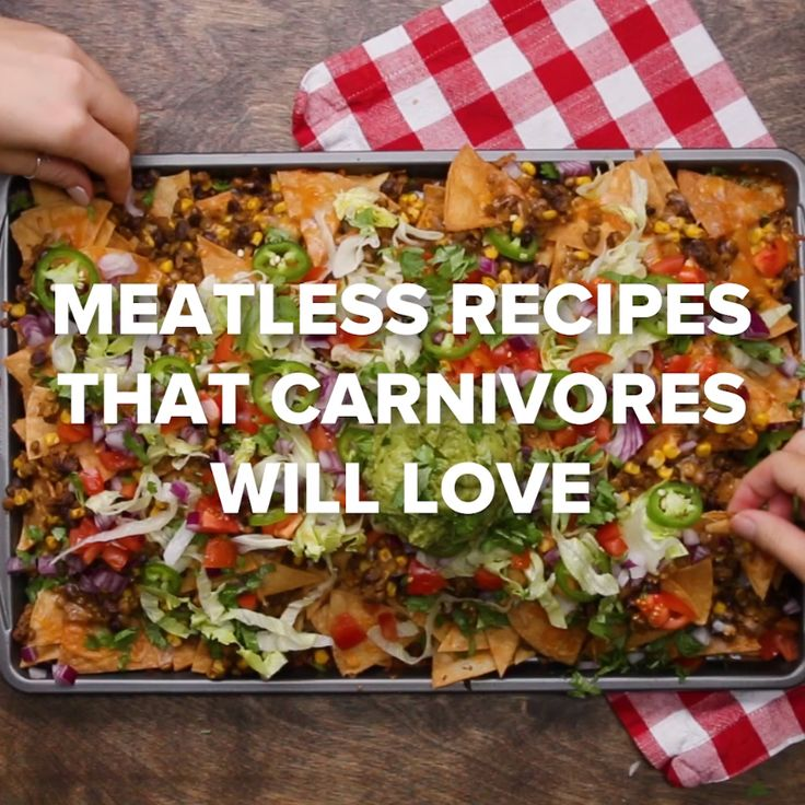 Meatless Recipes that Carnivores will Love #vegetarian #meatless #nachos #healthy