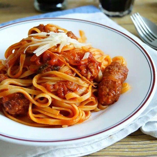 #Pasta #dolcevita #salsicciapiccante #calabria #food #parmesan #parmegiano #italian #italia #italy #peperoncini #pomodoro #domenicogentile #italianfood #photooftheday #Tagliatelle