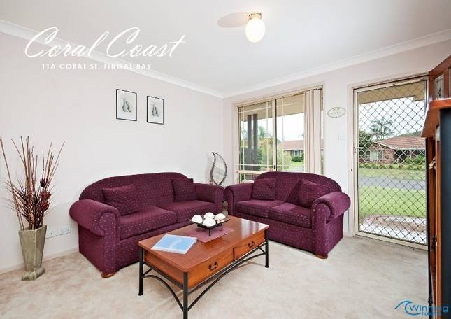 Coral Street Fingal Bay $1300pw