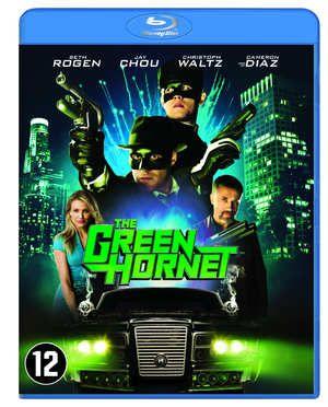 The Green Hornet  Britt Reid wil niet werken alleen maar feesten. Totdat hij op een avond een supercoole carrière ontdekt: actieheld. Als de Green Hornet bindt hij samen met zijn slimme hulpje en vechtsportspecialist Kato de strijd aan met de onderwereld van LA geleid door de zware jongen Chudnofsky. Zelfs Britts secretaresse Lenore weet niets van de nachtelijke avonturen van het duo. In stijl en met een arsenaal aan bijzondere wapens zetten de Green Hornet en Kato zich in voor gerechtigheid…